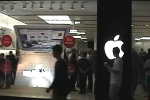 Albany Apple Store opening day